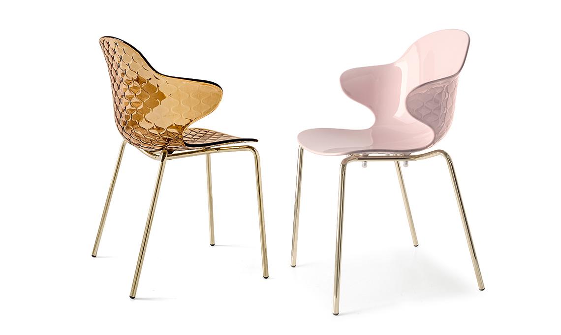 Come abbinare le sedie al tavolo moderno casafacile for Calligaris saint tropez