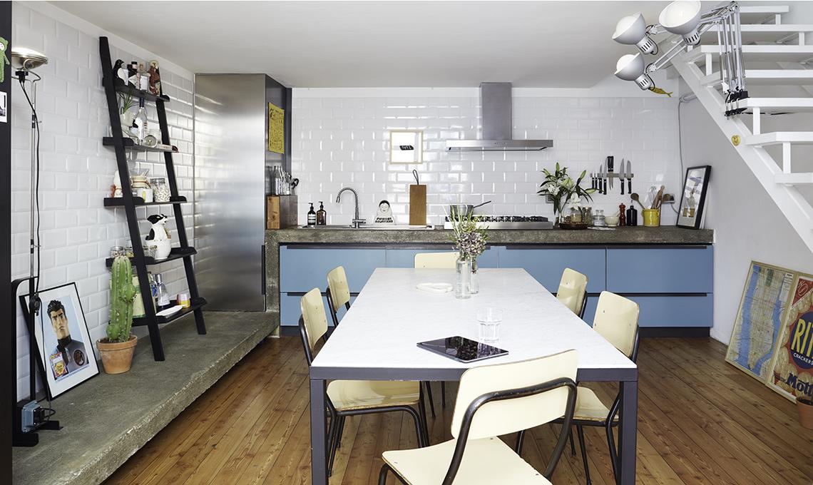 Un loft di 70 mq su tre livelli soluzioni da copiare e - Cucina con soppalco ...