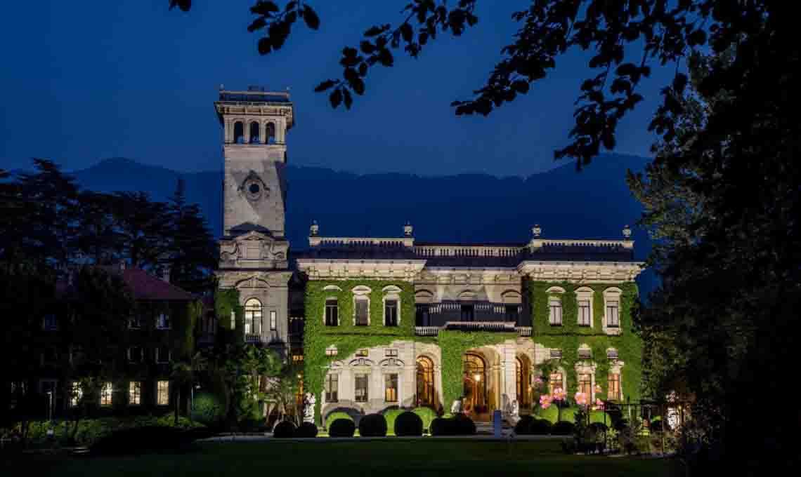 Villa Erba by night.
