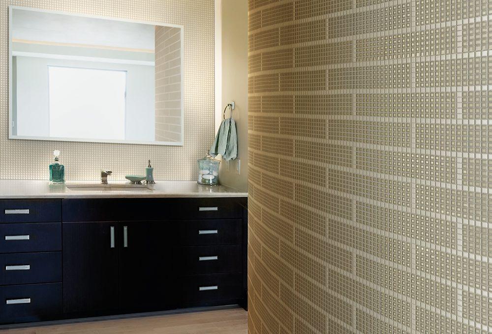 Idee per arredare un bagno moderno casafacile for Rivestimenti bagni moderni