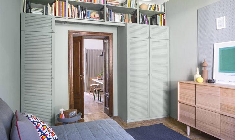 Trasforma il vecchio armadio e 'alleggeriscilo' con il colore