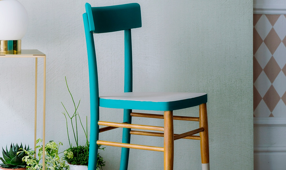 Sedie In Legno Colorate : Rinnova una sedia con più colori casafacile