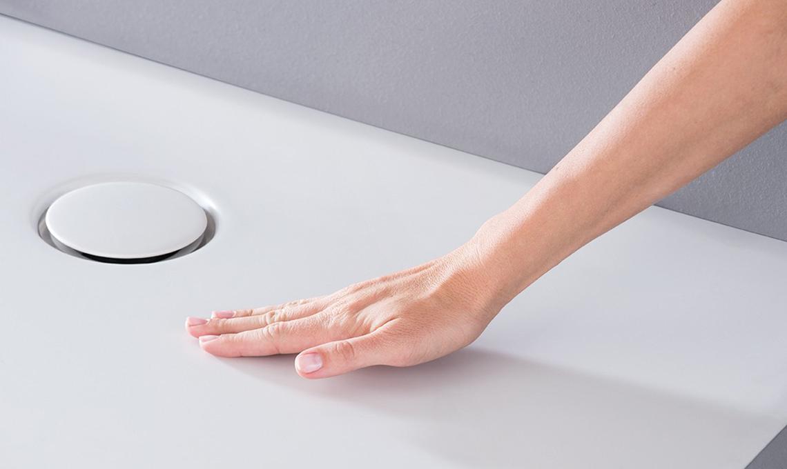 Geberit nuova doccia dal design moderno bianca come il latte