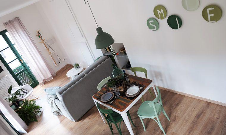 Relooking (in verde) per una casa di ringhiera