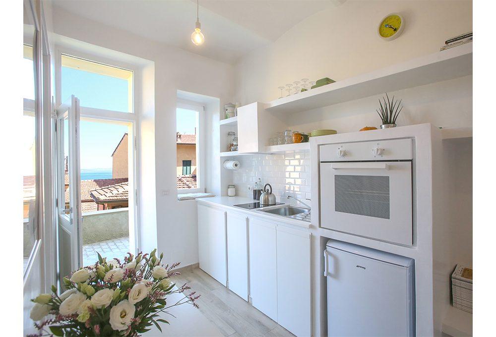 Idee per sfruttare lo spazio in una mini casa