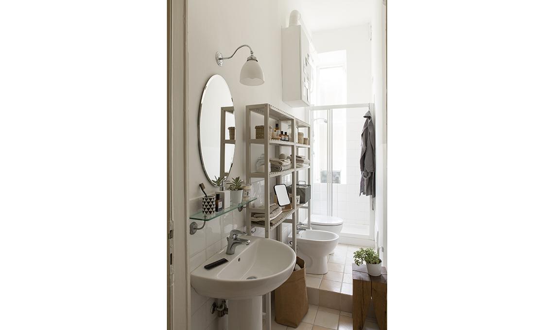 4 idee per trasformare i mobili ikea pi classici casafacile - Ikea prodotti bagno ...