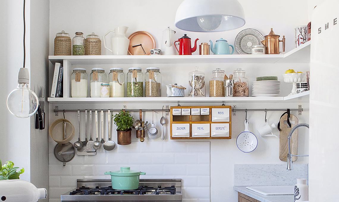 25 consigli per organizzare la dispensa casafacile for Piani di casa con dispensa maggiordomi