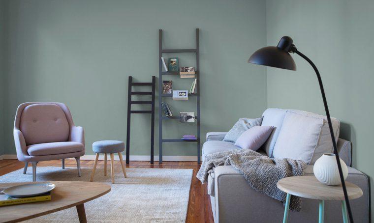 Un appartamento in affitto trasformato con il colore e soluzioni fai-da-te