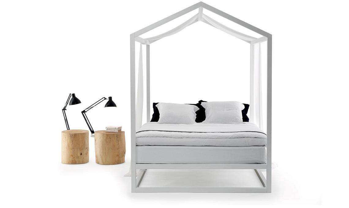 Romantici letti a baldacchino casafacile - Baldacchino letto ...
