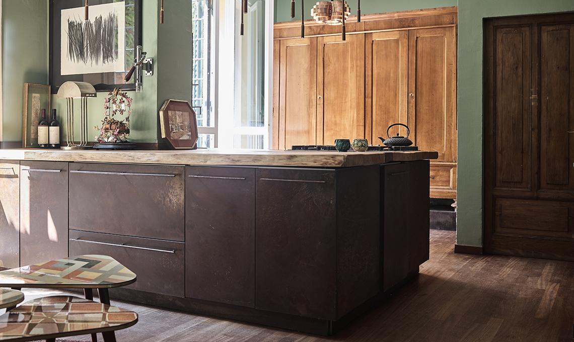 Pareti colorate e mobili vintage casafacile for Immagini di pareti colorate