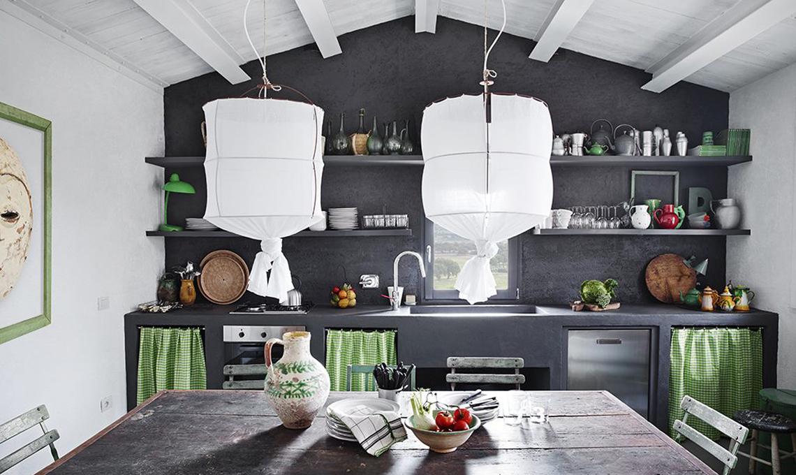Cucine in muratura rustiche 5 idee di stile casafacile for Foto di case rustiche