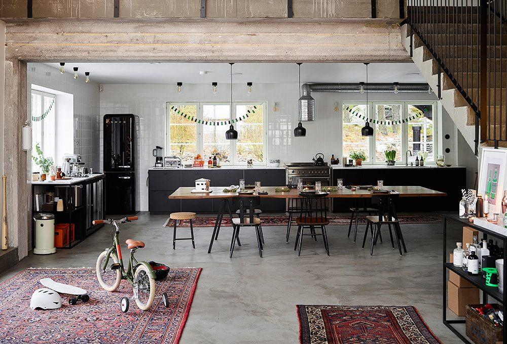 Arredare con pavimento scuro e dettagli in stile etnico casafacile - Pavimenti interni casa ...