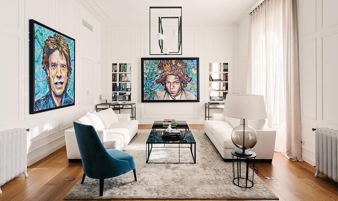 Una casa in bianco e nero tra classico e contemporaneo casafacile - Costo per ristrutturare casa ...
