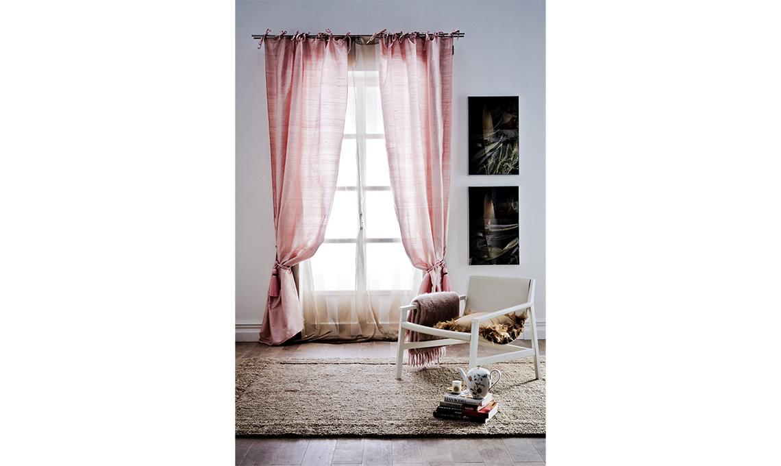 Tende eleganti per soggiorno 24 idee chic casafacile for Tende per ambiente rustico