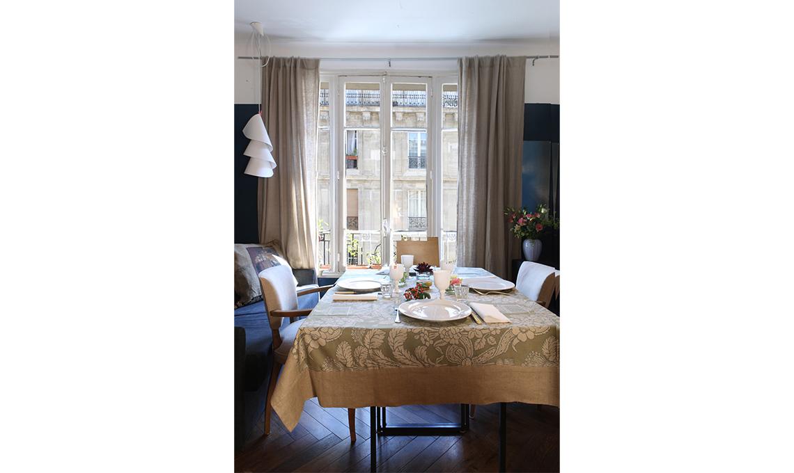 Tende eleganti per soggiorno 24 idee chic casafacile - Quadri per sala da pranzo ...