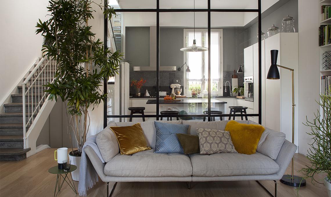 Come nascondere un pilastro con una vetrata casafacile for Come abbellire una casa