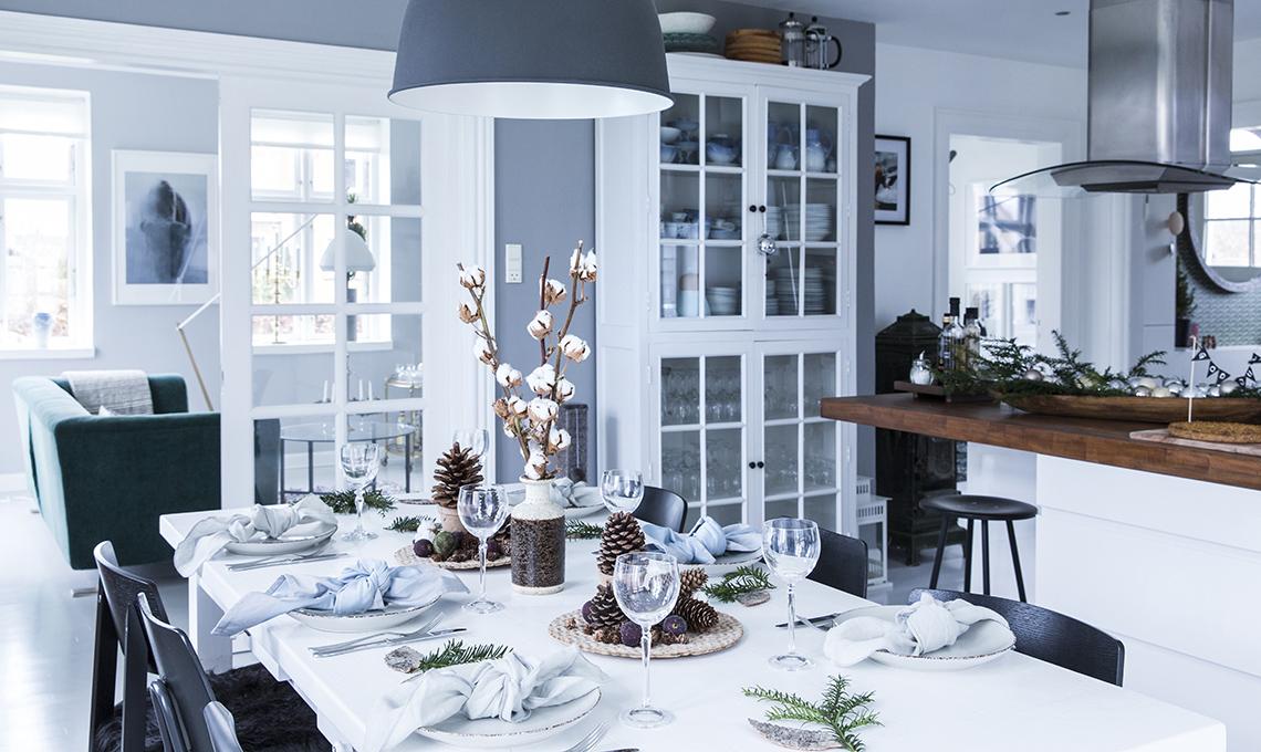 Decorazioni Natalizie Tavola 2019.Tanto Bianco E Decorazioni Natalizie In Stile Nordico
