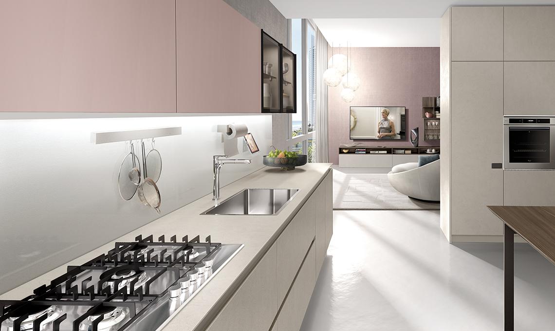 Dividere cucina e soggiorno con mobili a colonna casafacile - Soggiorno living con cucina ...