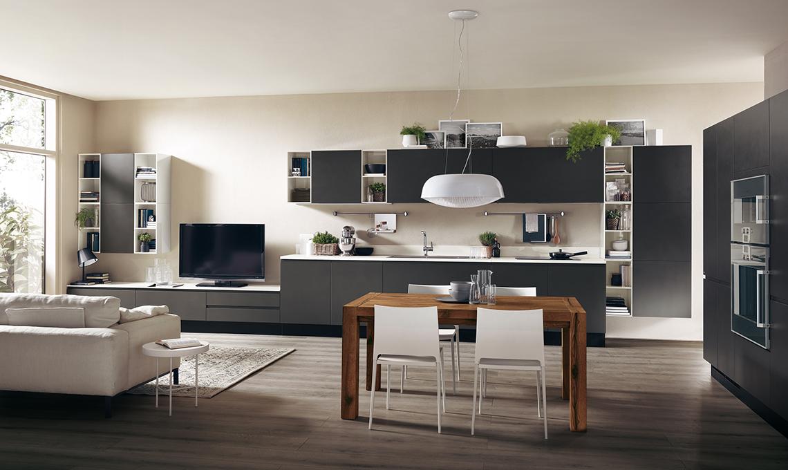 cucina a vista sul soggiorno