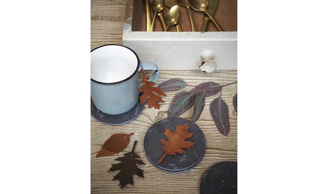foglie ritagliate