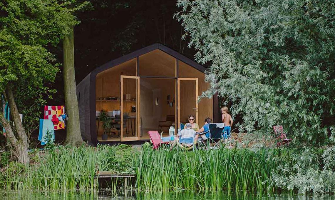 Wikkelhouse - un prefabbricato immerso nella natura