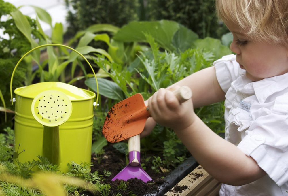 Giochiamo al giardiniere con i bambini
