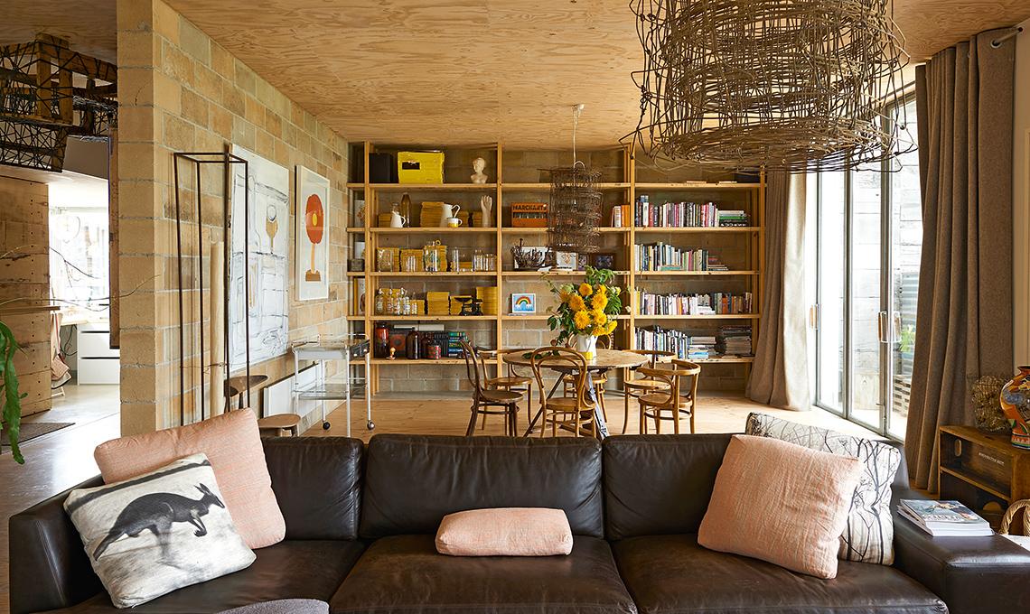 Una casa 100 ecologica con soluzioni fai da te di riciclo for Casa di mobili