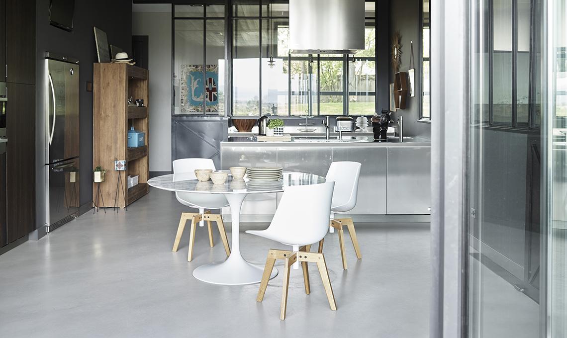 Pavimenti in cemento per gli interni casafacile for Idee per interni casa