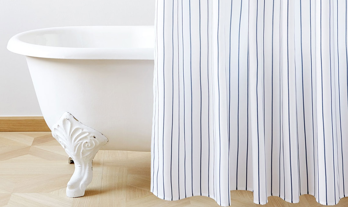 21 tende per la doccia casafacile for Tende per doccia