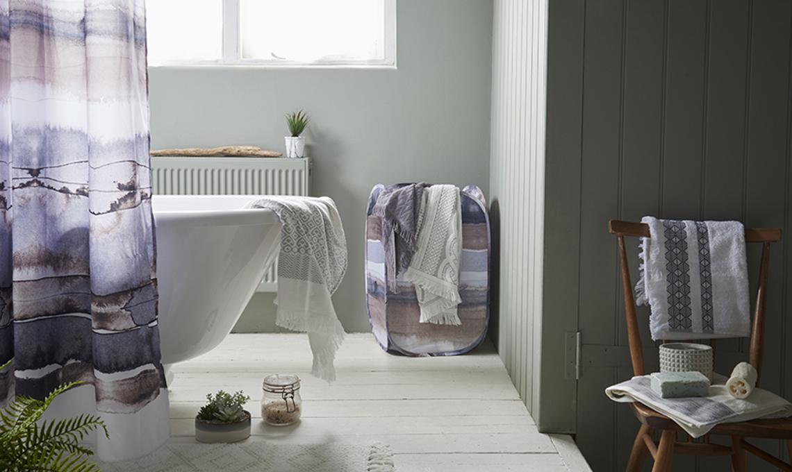 Emejing tende doccia design contemporary acrylicgiftware - Tende per doccia in lino ...