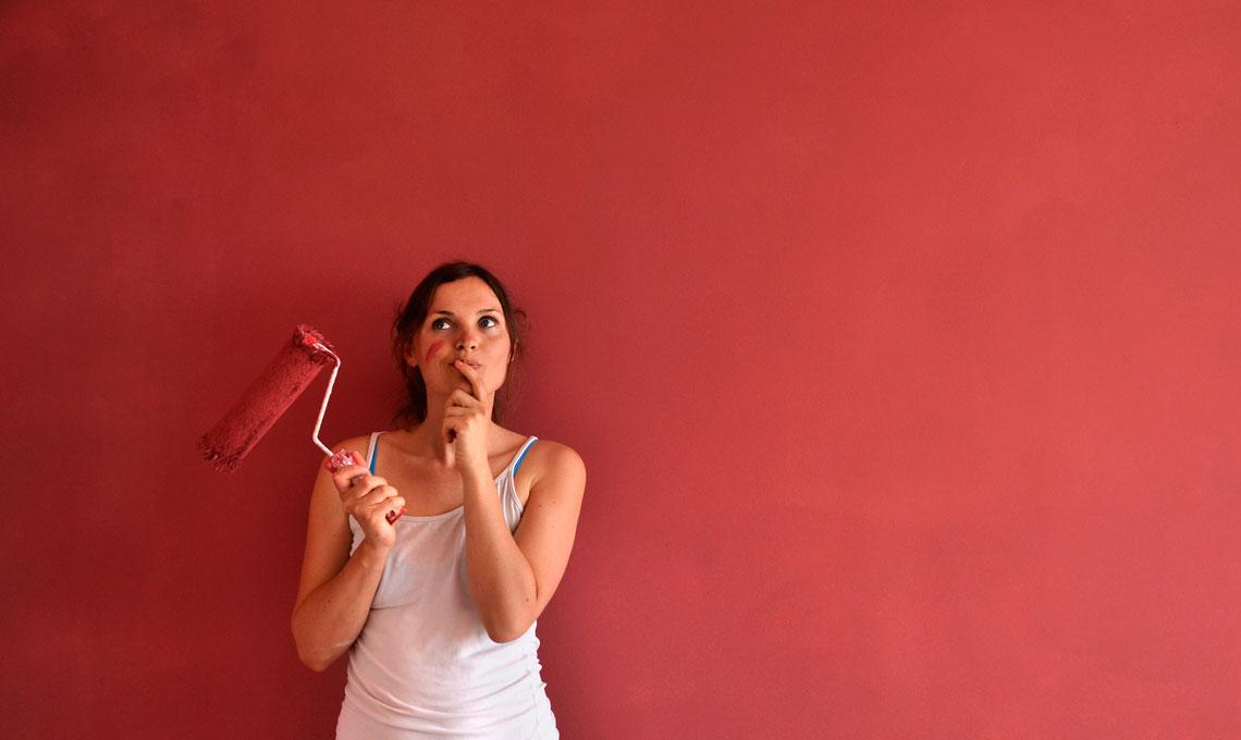 Pareti rosse in casa in quale stanza casafacile for Parete rossa soggiorno