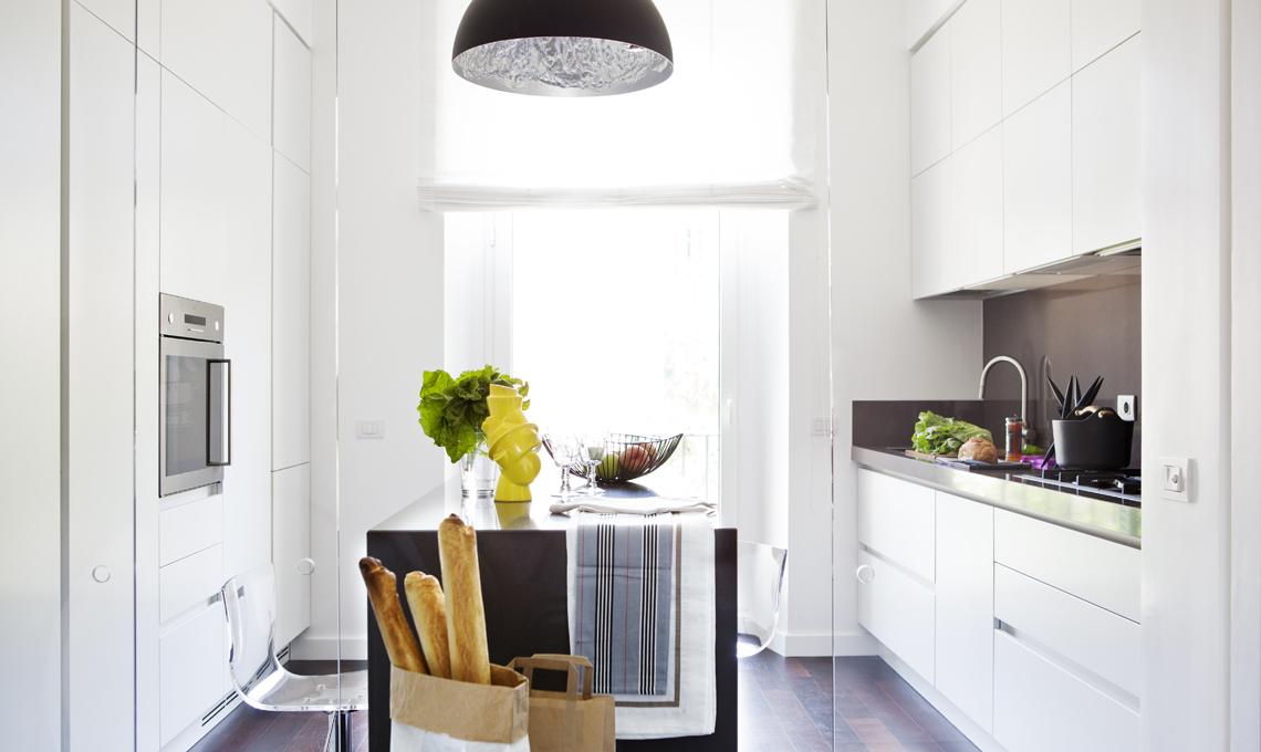 Ristrutturare una casa d 39 epoca con arredamento moderno for Piante arredamento moderno