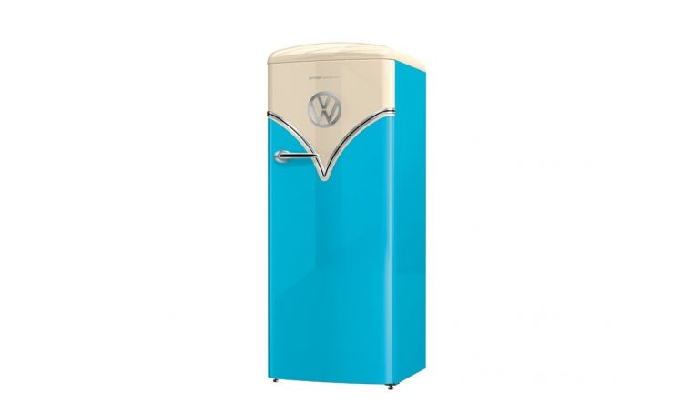 frigorifero azzurro anni '50
