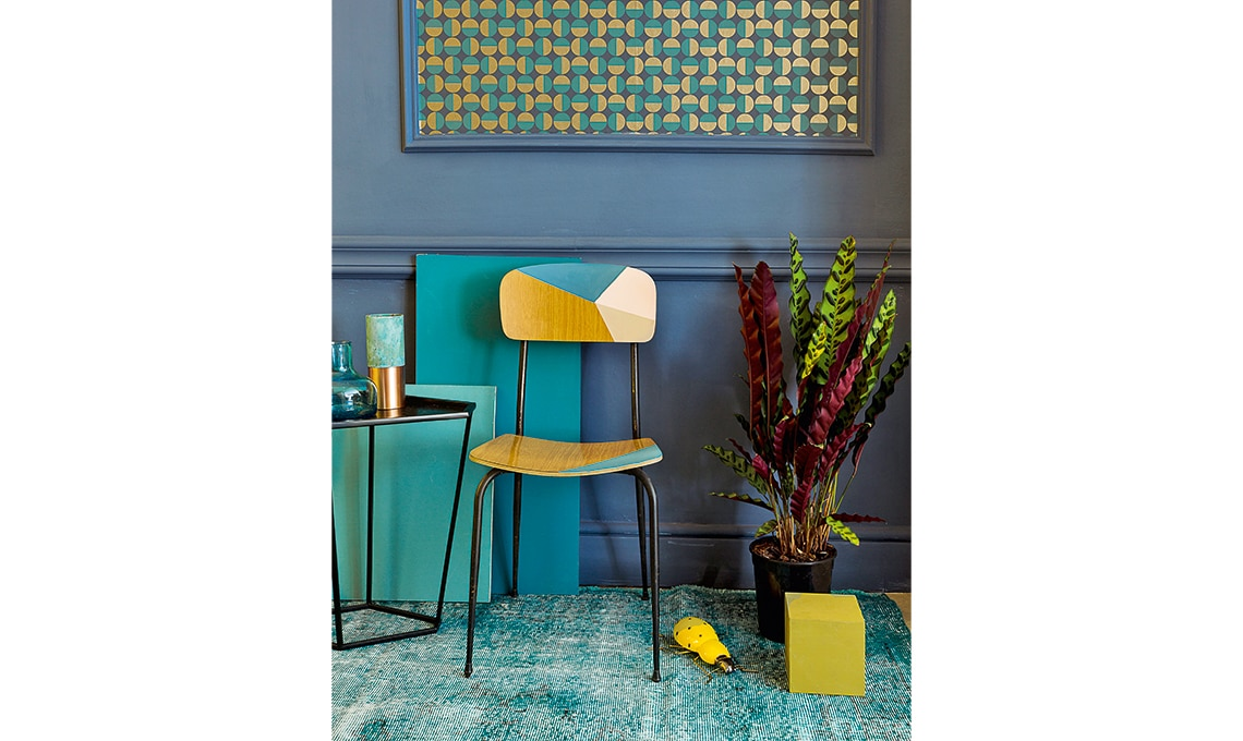 Come Trasformare Un Tavolo Di Formica : Dipingere una sedia vintage casafacile