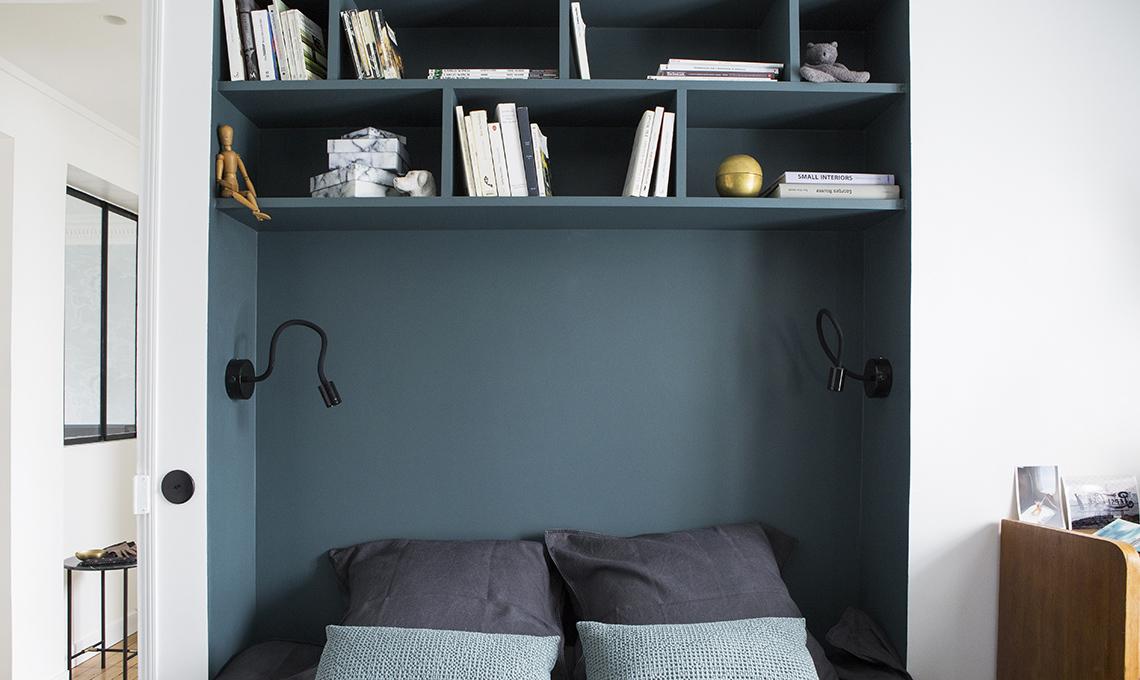 Spazi ben sfruttati in 45mq casafacile - Mensole sopra il letto ...