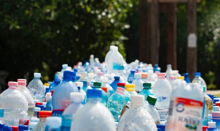 13 consigli per ridurre l'uso della plastica