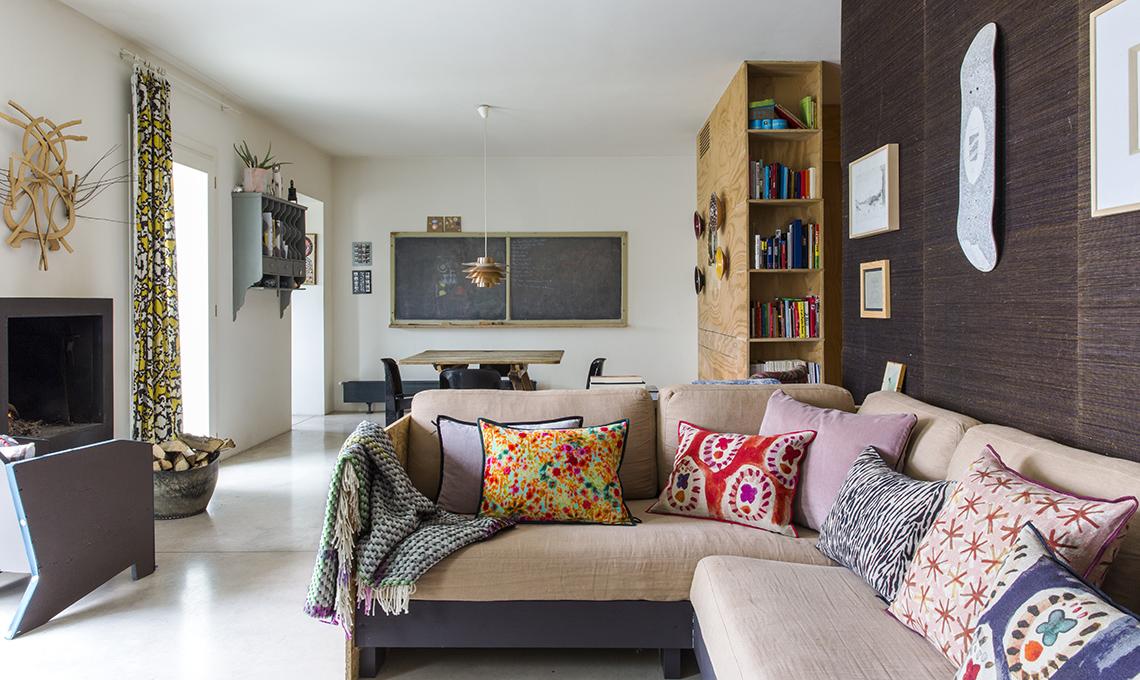 Mobili contenitori e pareti in legno per dividere lo for Mobili contenitori per soggiorno