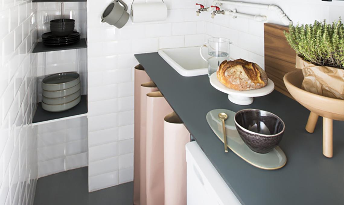Cucina piccola: una soluzione low cost e salvaspazio - CASAfacile
