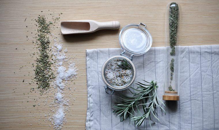 Helichrysum italicum: dal giardino alla tavola
