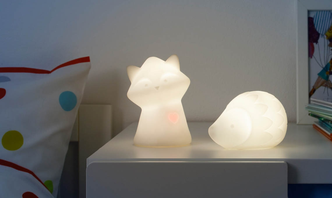 10 luci notturne a led per illuminare la notte casafacile