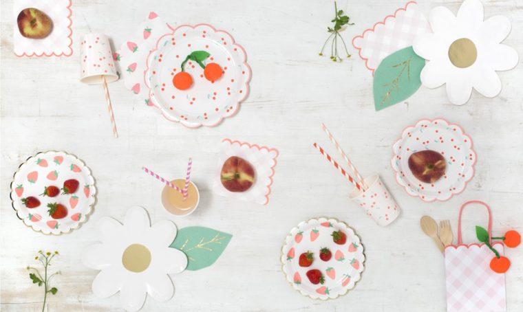 10 set di piatti e bicchieri per il picnic dei bambini