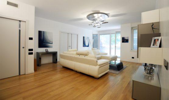 Milano un ampio appartamento da scoprire