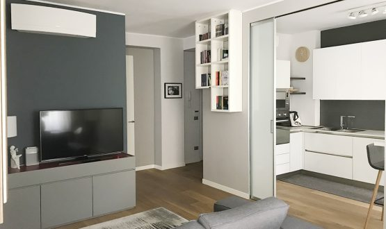 Da appartamento Anni '70 a casa moderna con soluzioni pratiche e di stile
