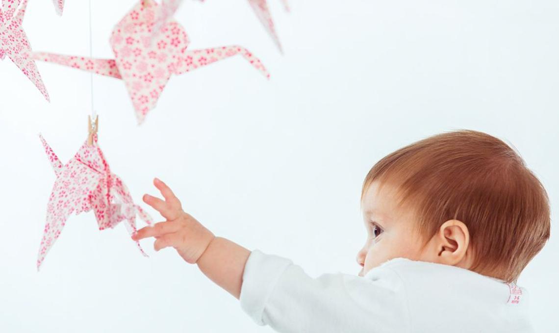 10 decorazioni sospese per la camera del neonato casafacile - Decorazioni sospese ...