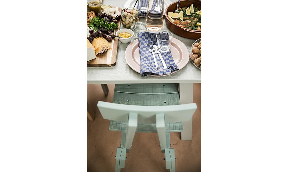 Tavolo Vetro E Acciaio Ikea.La Collezione Di Piet Hein Eek Per Ikea Un Omaggio All