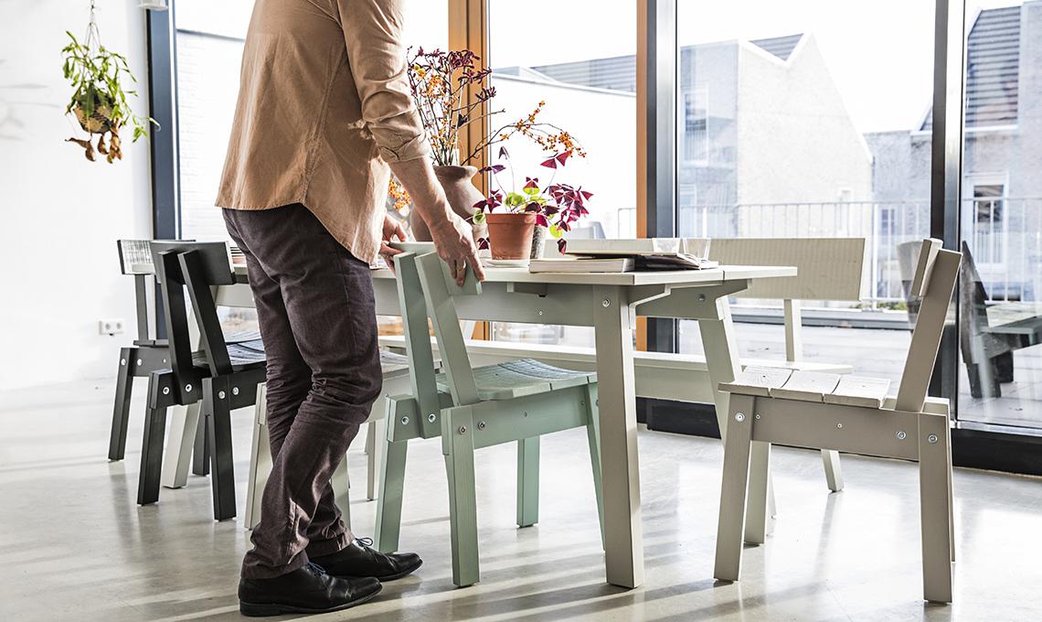 Tavolo Da Pranzo Ikea : La collezione di piet hein eek per ikea: un omaggio allimperfezione