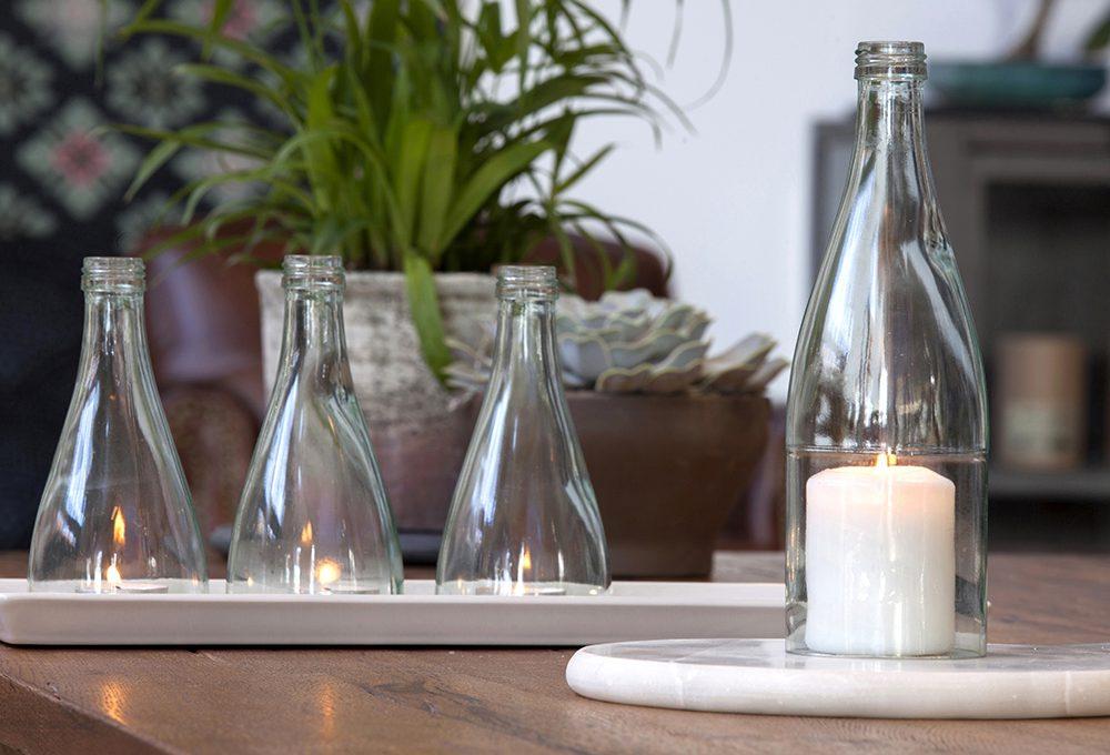 Taglia e ricicla le bottiglie di vetro per fare paralumi e porta candele