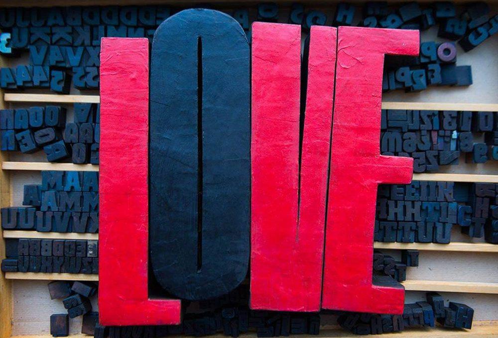 12 scritte 'love' e 'amore' decorative per la casa