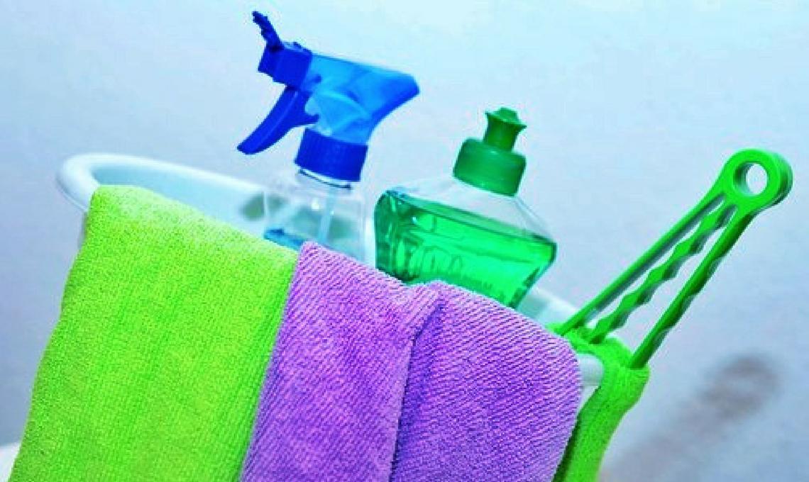 CasaFacile VFarina frigorifero pulizie vacanze
