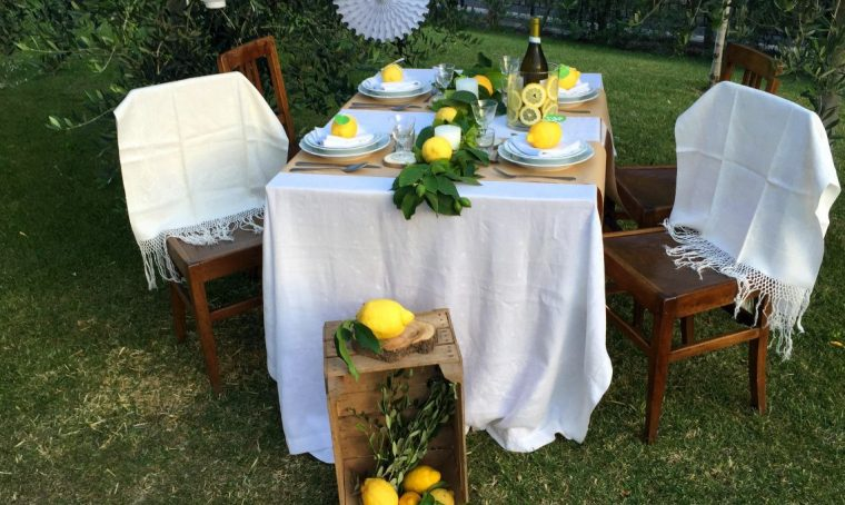 Festa d'estate in stile vintage con i limoni